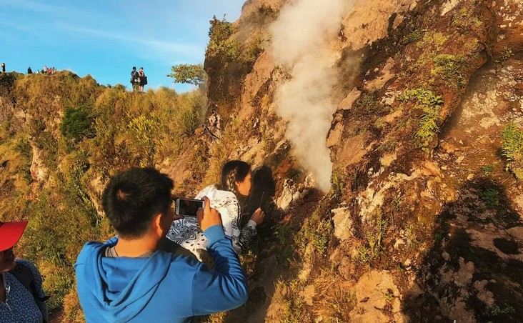 volcanic steam of mount Batur