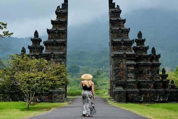 Gerbang Bali Handaran